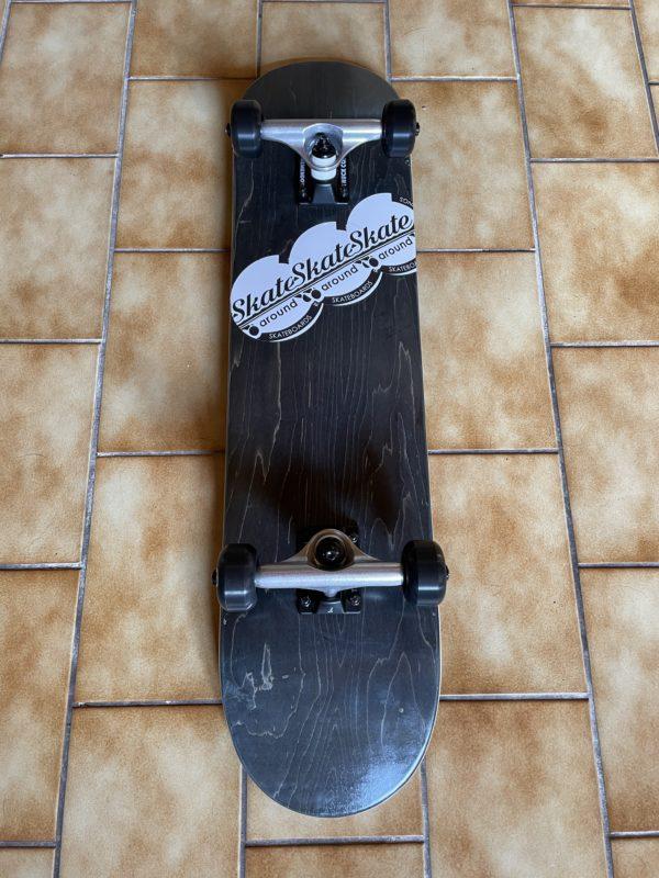 blank complete skateboard